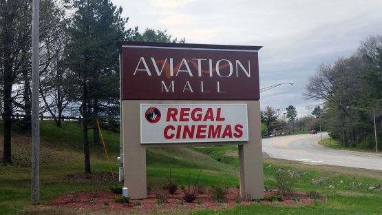 Regal Cinemas (Aviation Mall)
